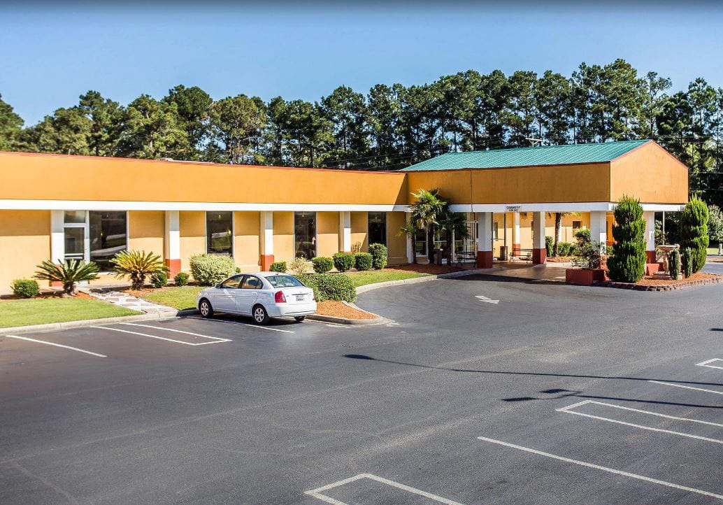 Baymont Inn & Suites Walterboro in Walterboro, South Carolina