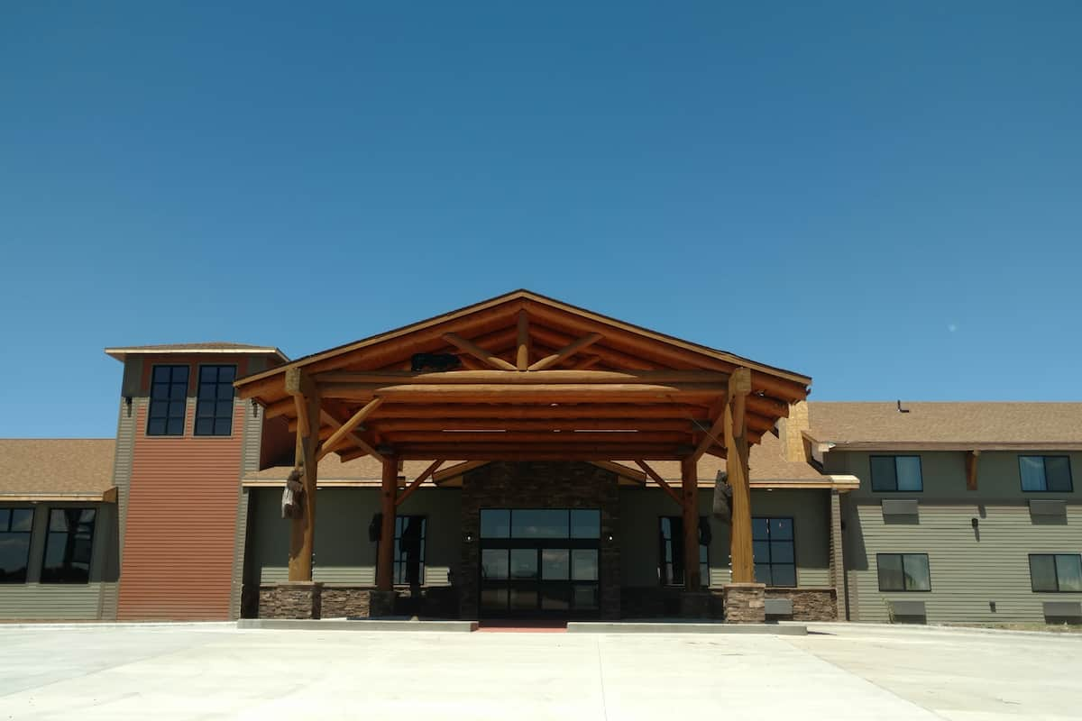 Exterior Of Baymont Inn Suites Oacoma Hotel In South Dakota
