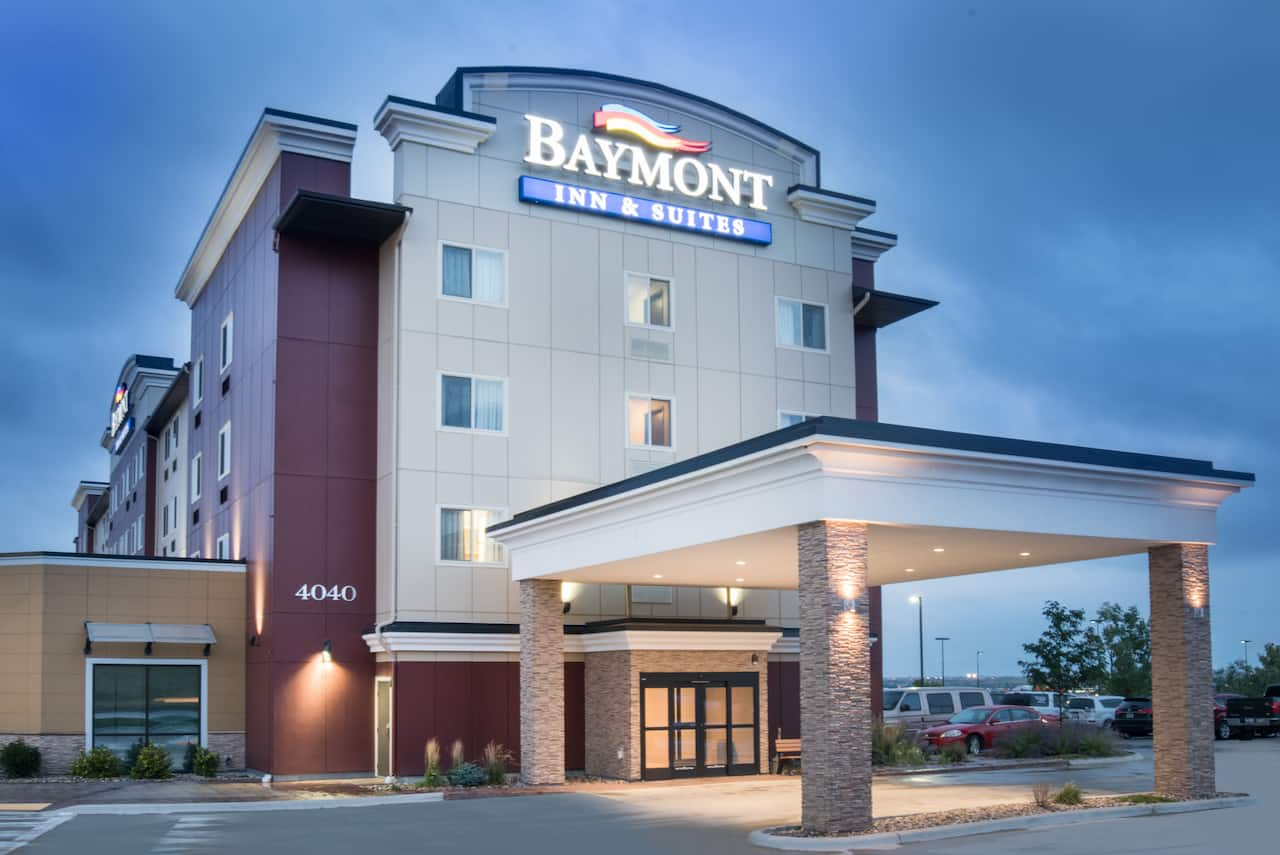 Baymont Inn & Suites Rapid City in  Summerset,  South Dakota