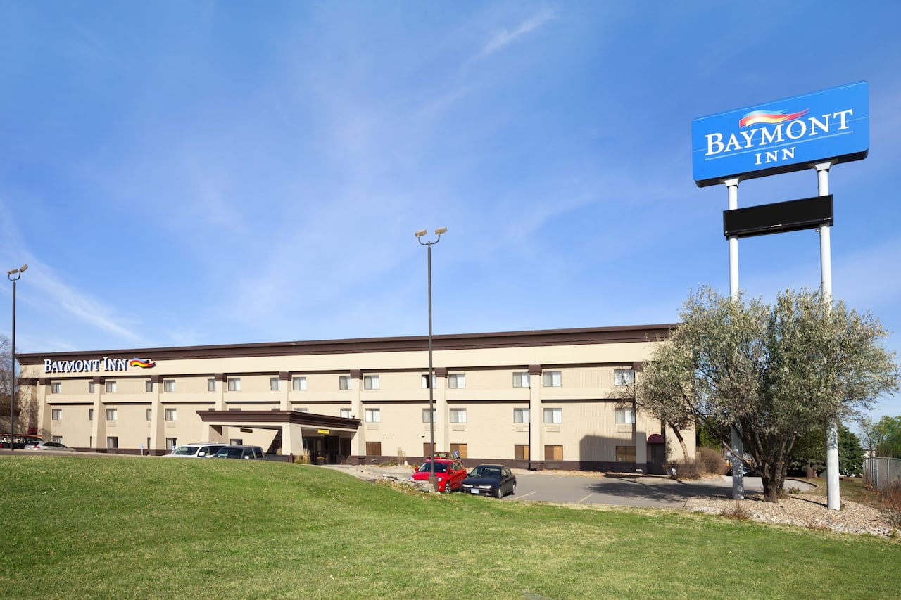 Baymont Inn & Suites Sioux Falls in  Sioux Falls,  South Dakota