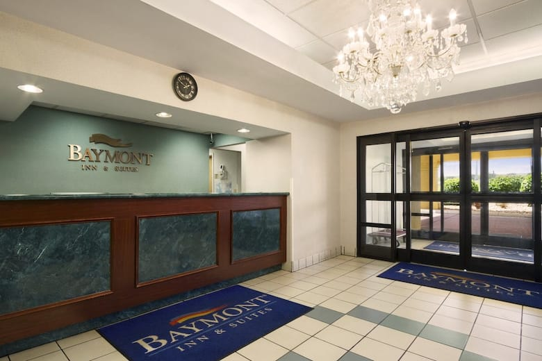 Baymont Inn Suites Crossville Hotel Lobby In Tennessee
