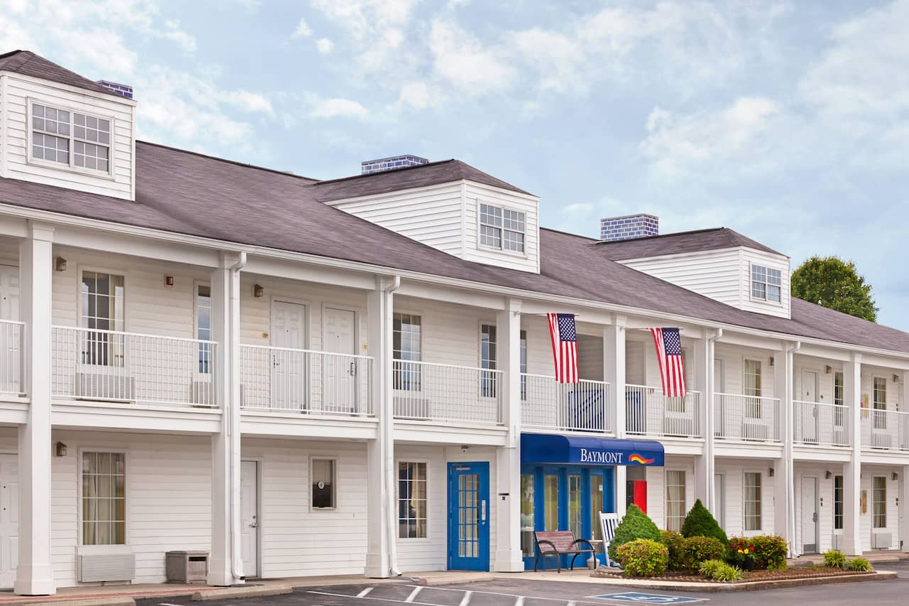 Baymont Inn & Suites Tullahoma in Shelbyville, Tennessee