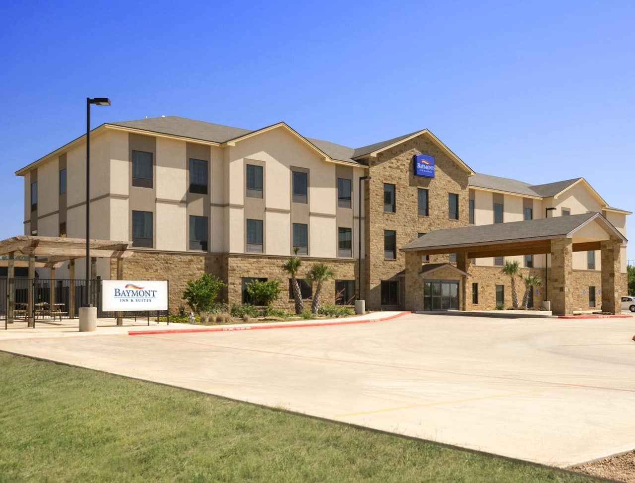 Baymont Inn & Suites Cotulla in Cotulla, Texas