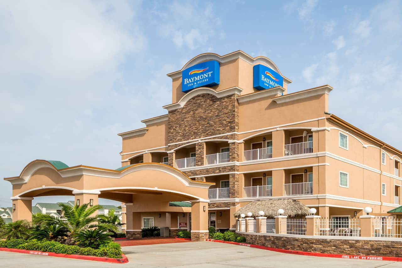 Baymont Inn & Suites Galveston in  Galveston,  Texas
