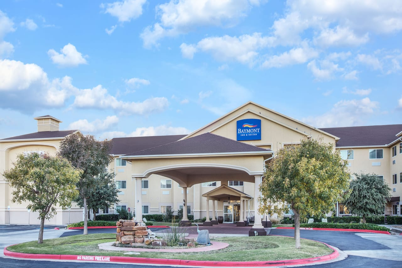 Baymont Inn Suites Lubbock West In Slaton Texas