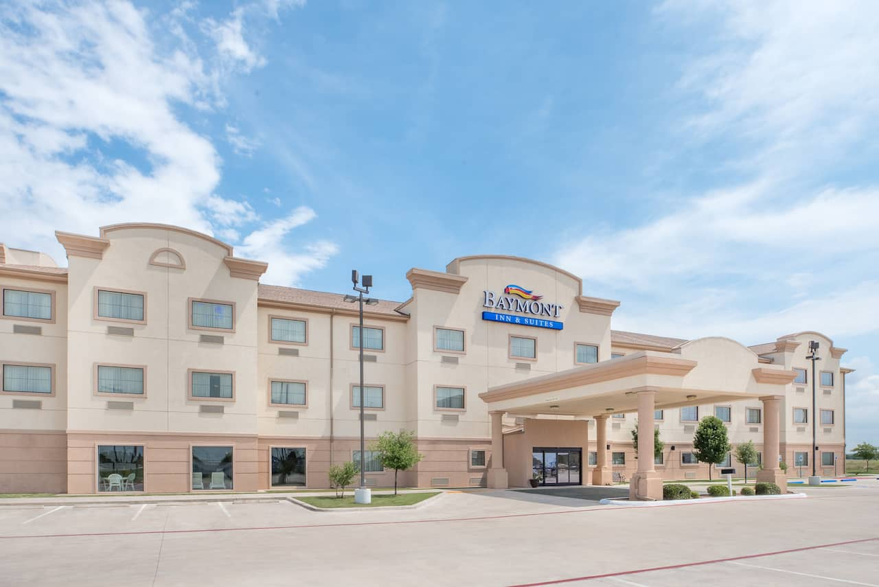 Baymont Inn & Suites Snyder in  Snyder,  Texas
