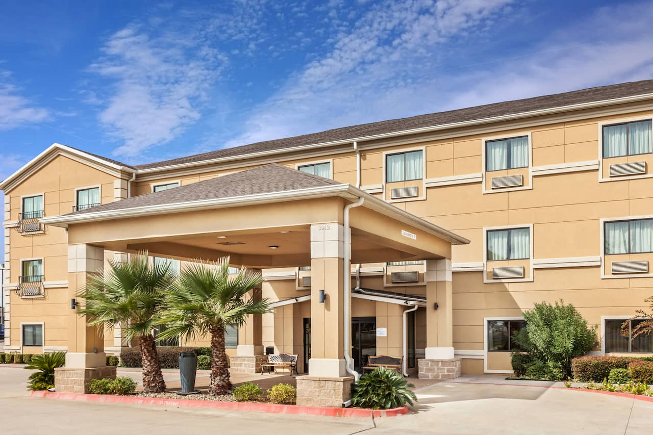 Baymont Inn & Suites Tyler in  Tyler,  Texas