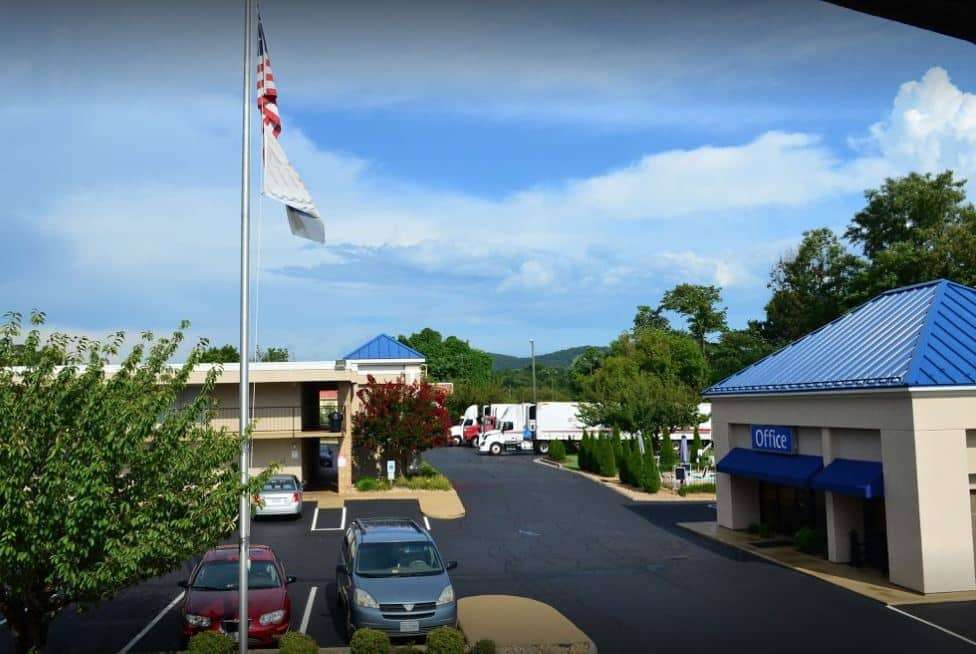 Baymont Inn & Suites Lynchburg in Altavista, Virginia
