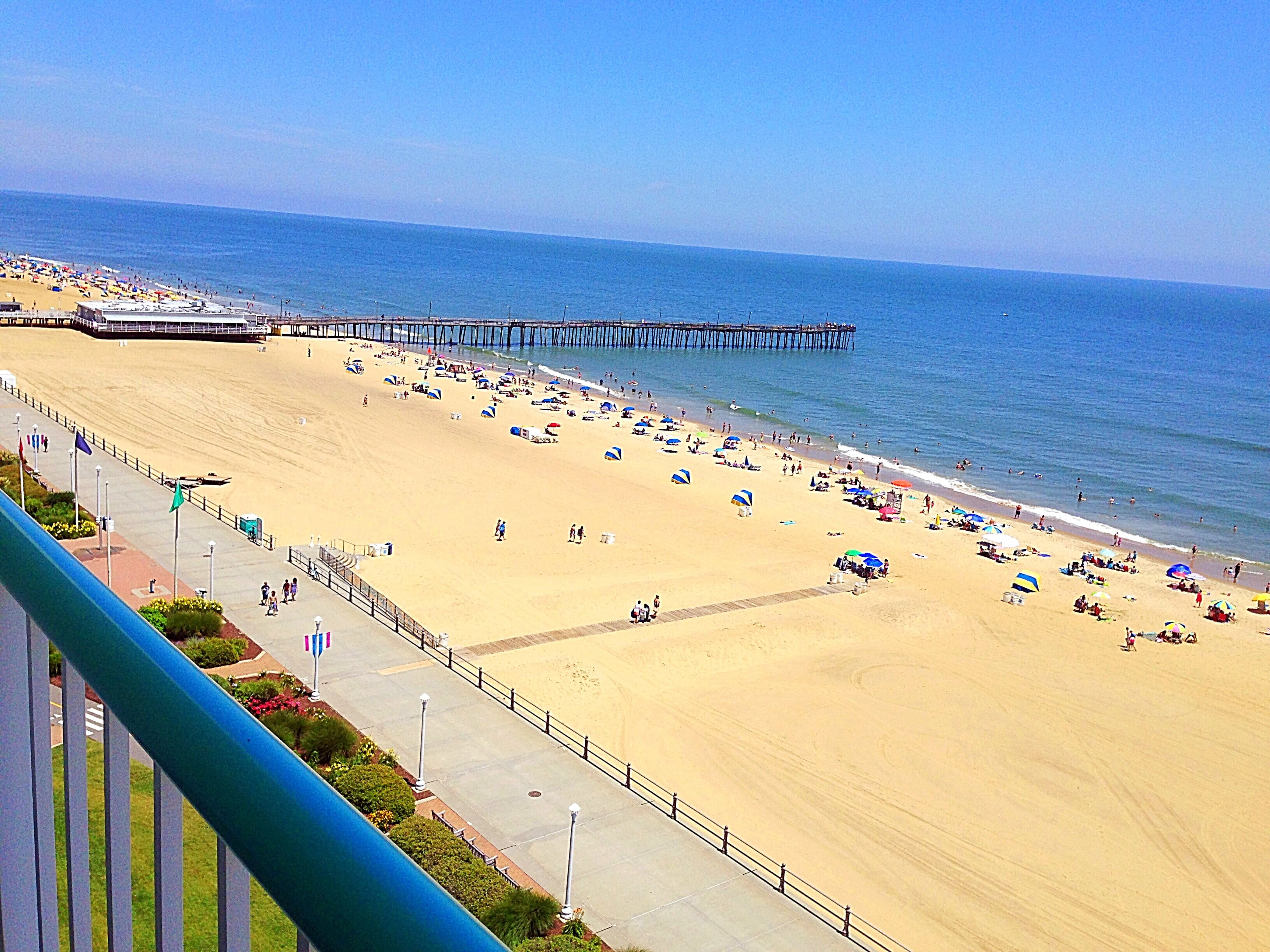 Baymont by Wyndham Virginia Beach Oceanfront | Virginia Beach, VA Hotels