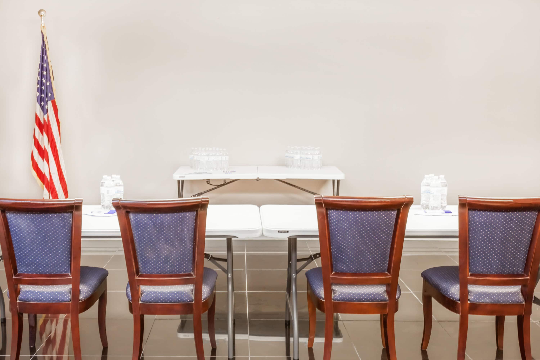Meeting Room At Baymont Inn U0026 Suites Delavan Near Lake Geneva In Delavan,  Wisconsin