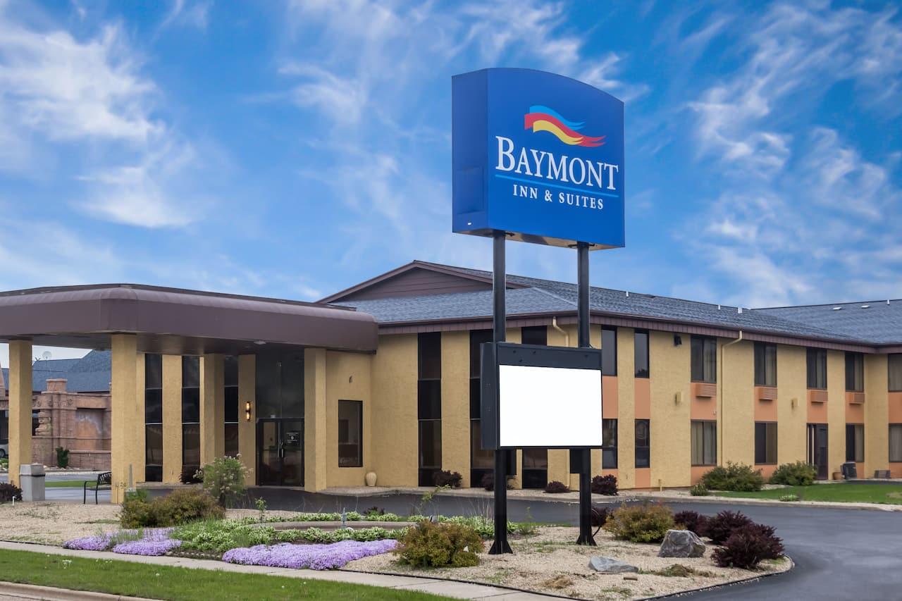 Baymont Inn & Suites Wisconsin Dells in  Wisconsin Dells,  Wisconsin