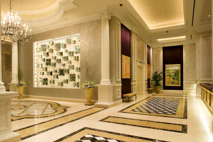 Harrah's New Orleans hotel lobby in New Orleans, Louisiana