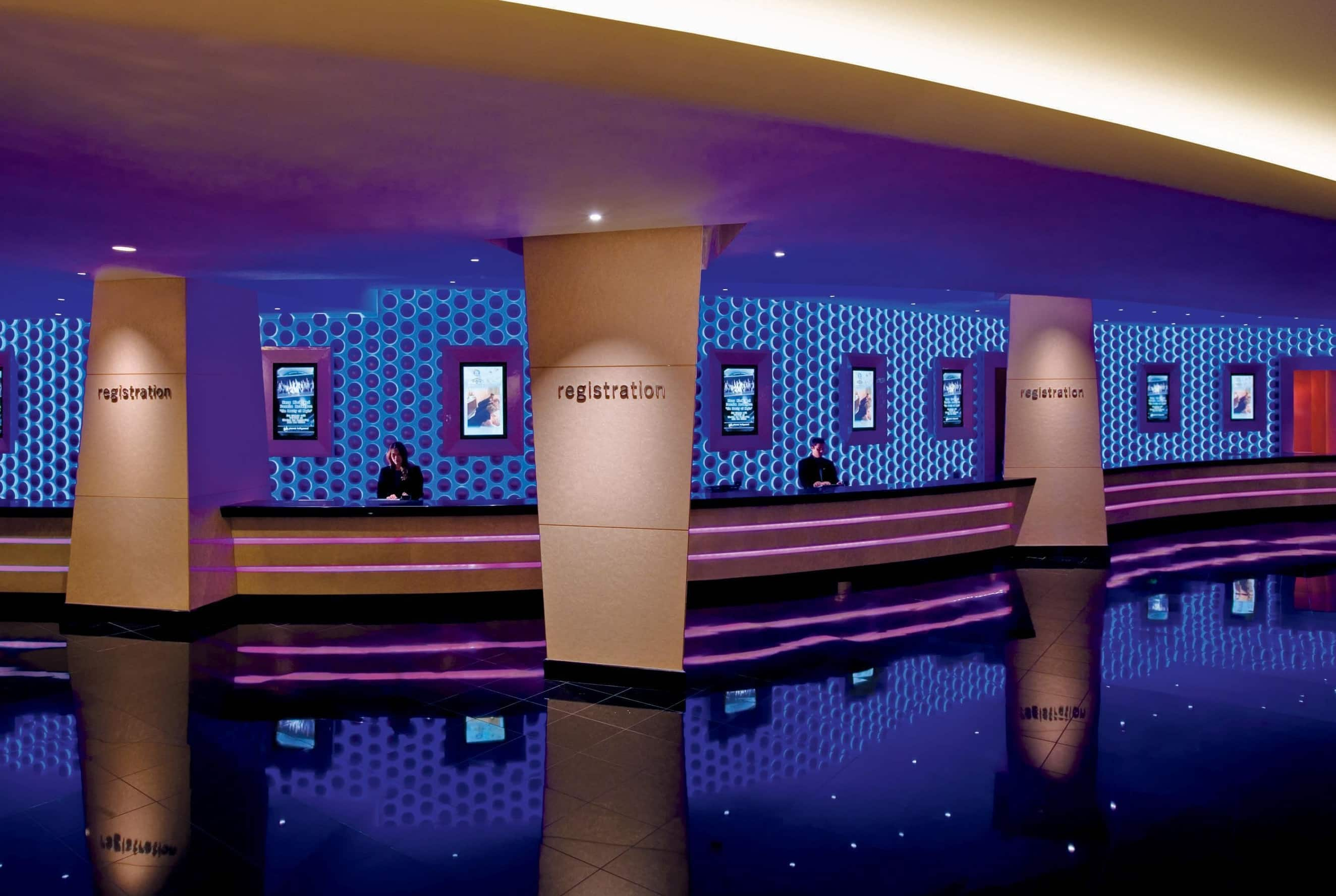 planet hollywood resort and casino photo gallery rh wyndhamhotels com planet hollywood front desk tip planet hollywood hotel front desk