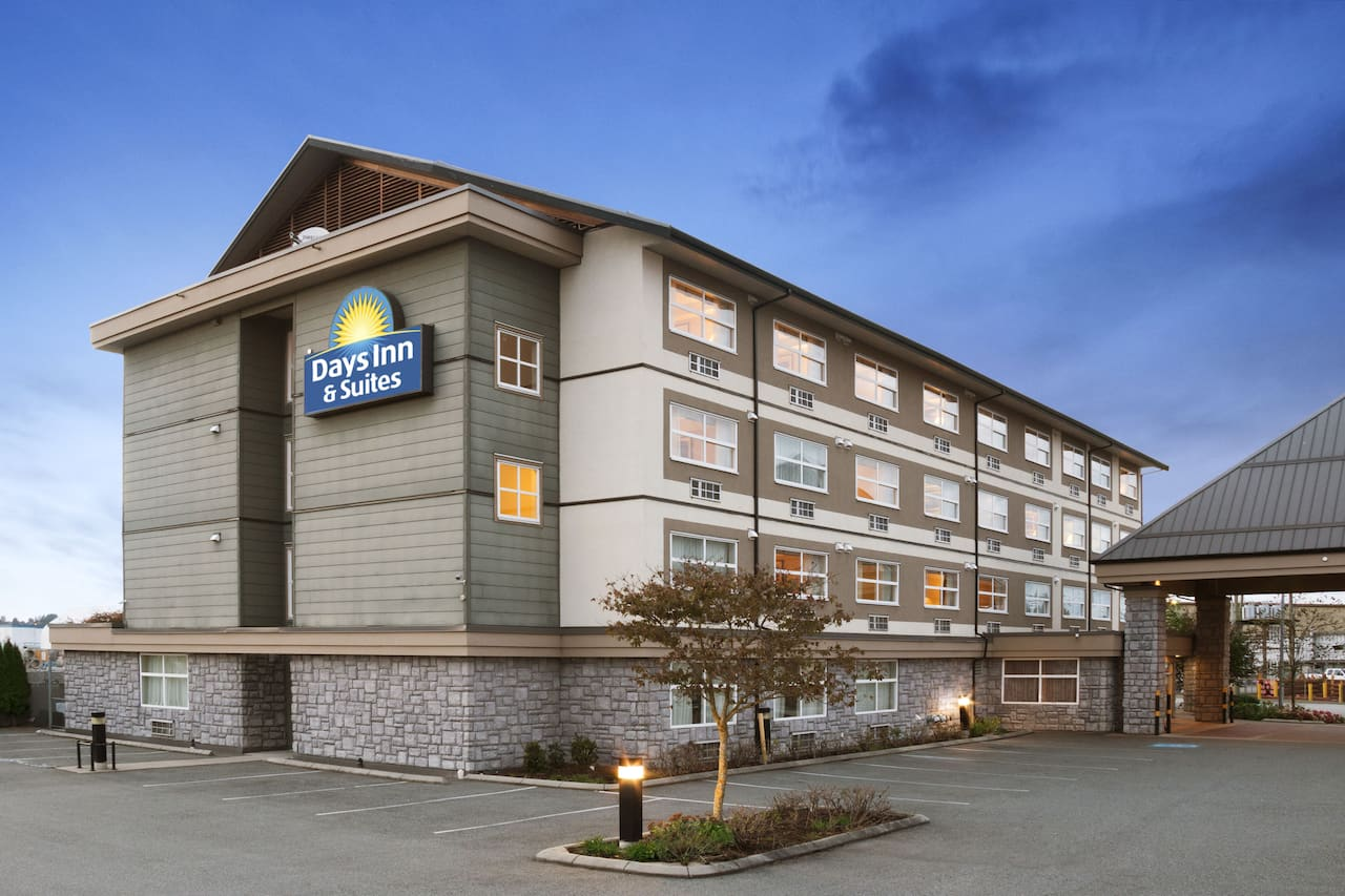 Days Inn & Suites - Langley in  Coquitlam,  British_Columbia