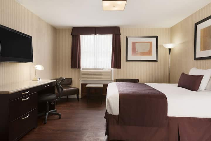 Days Inn Vancouver Metro suite in Vancouver, British Columbia