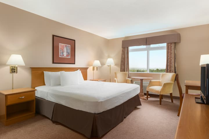 Guest room at the Days Inn & Conference Centre Oromocto in Oromocto, New Brunswick