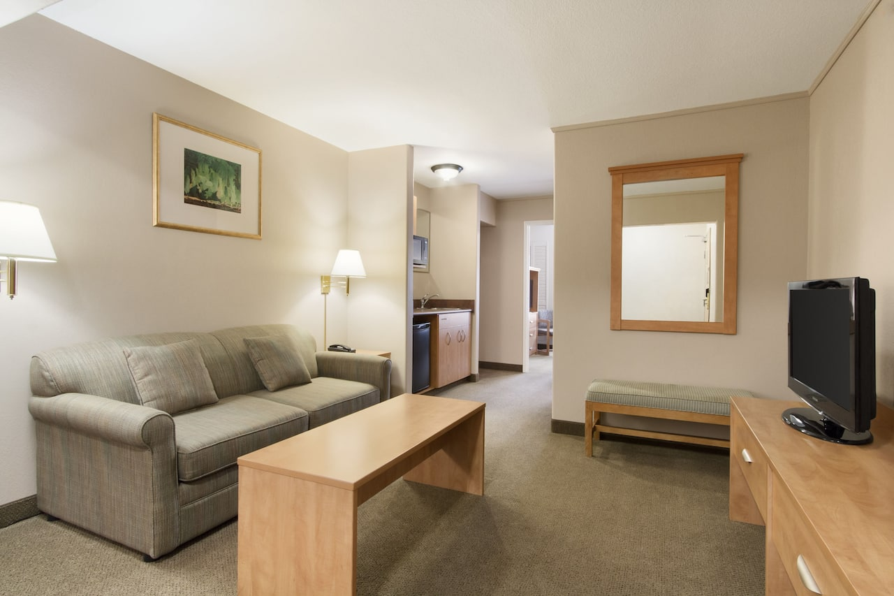 at the Days Inn & Suites - Thunder Bay in Thunder Bay, Ontario