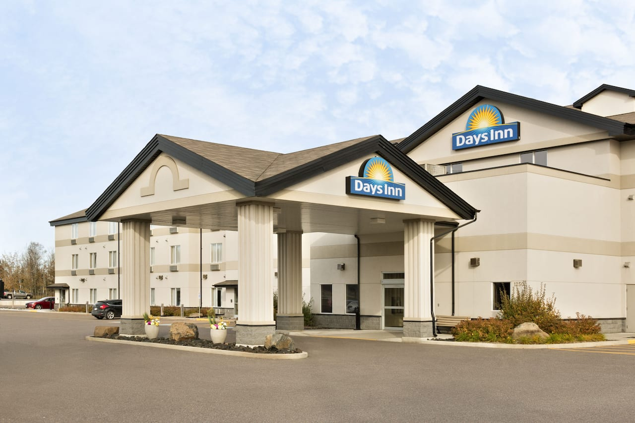 Days Inn Thunder Bay North in Thunder Bay, Ontario
