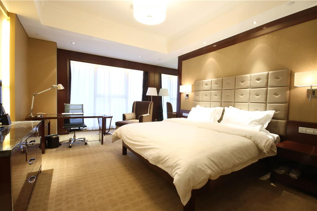 Guest room at the Days Hotel Changsha Yazun in Changsha, Other than US/Canada