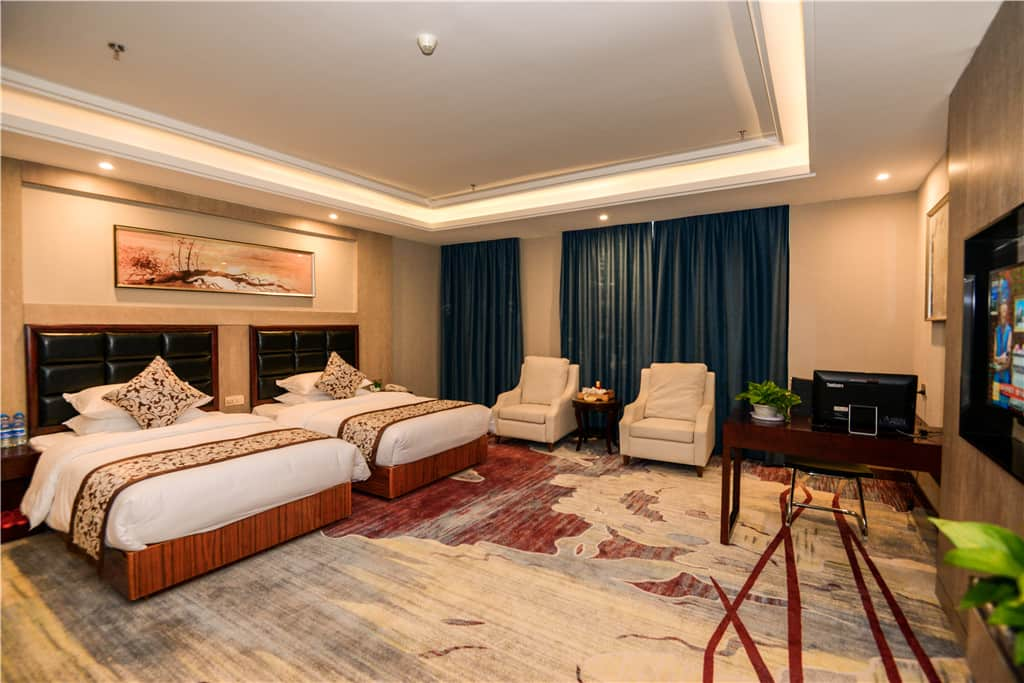 Guest room at the Days Hotel Shishi Fujian in Quanzhou, Other than US/Canada