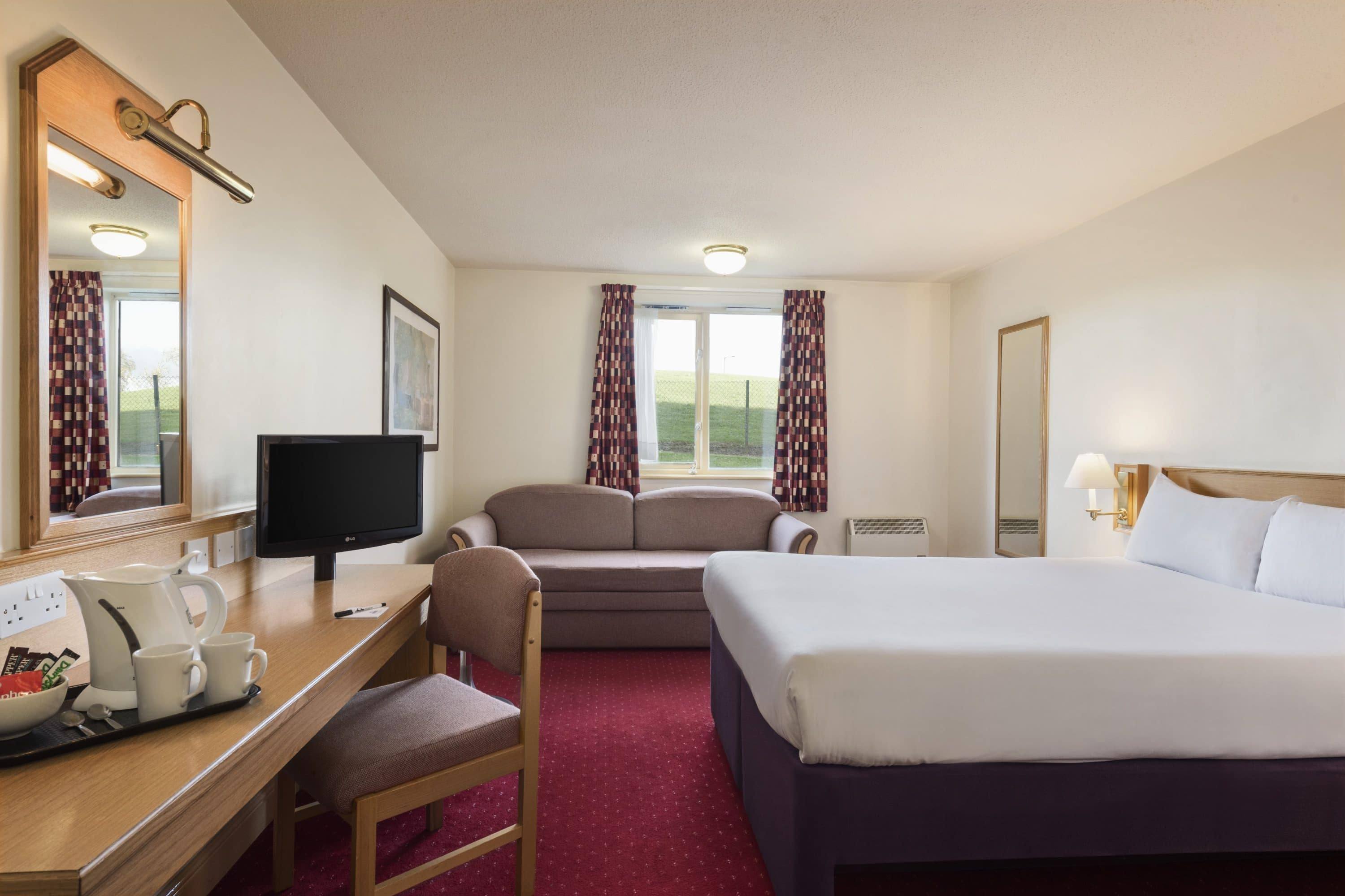 Guest room at the Days Inn Tewkesbury Strensham in Strensham, Other than US/Canada