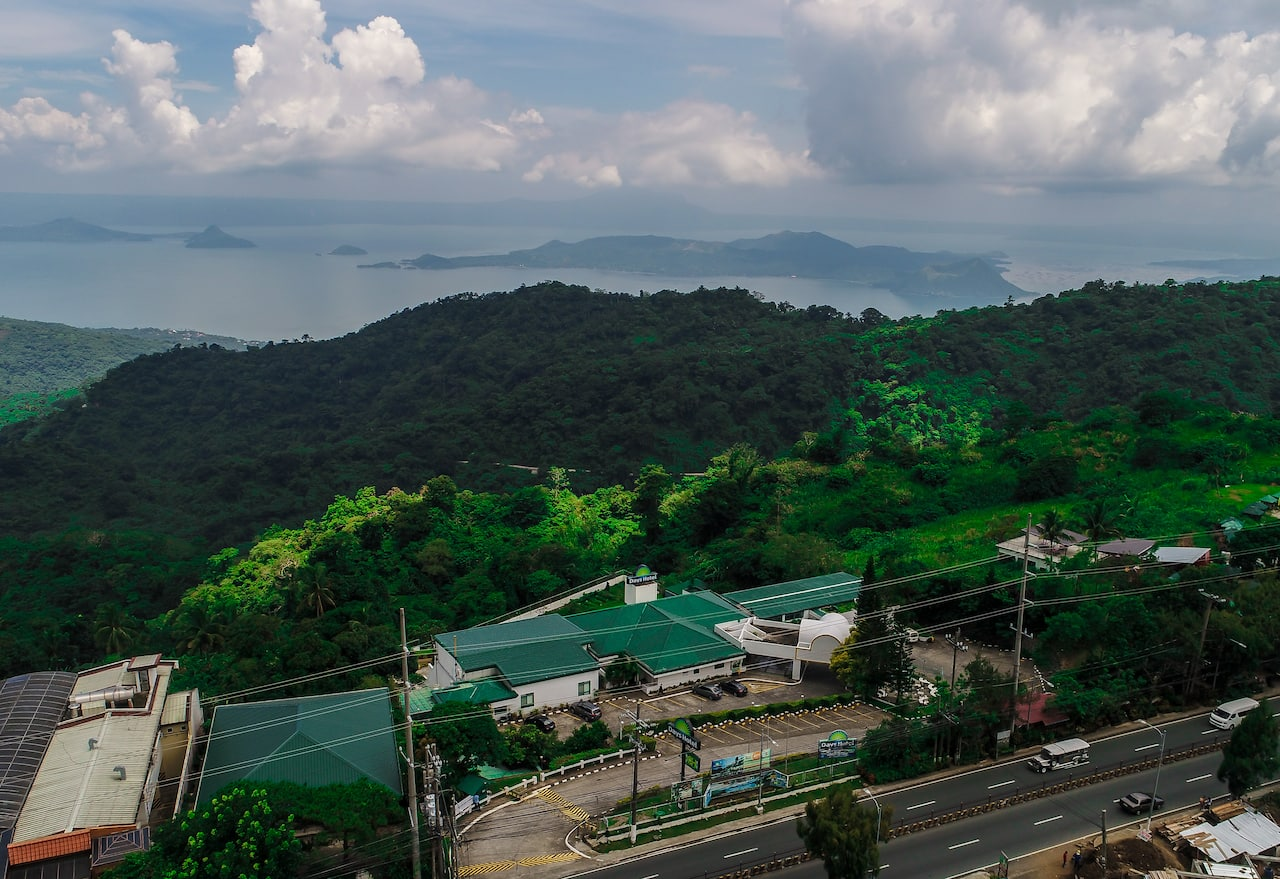 Days Hotel Tagaytay in Batangas City, PHILIPPINES