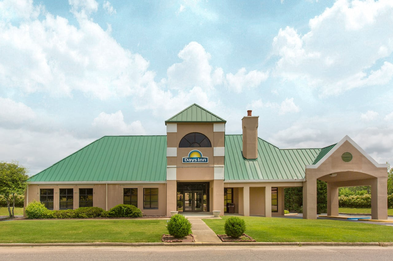 Days Inn Birmingham/Summit Mall in Childersburg, Alabama