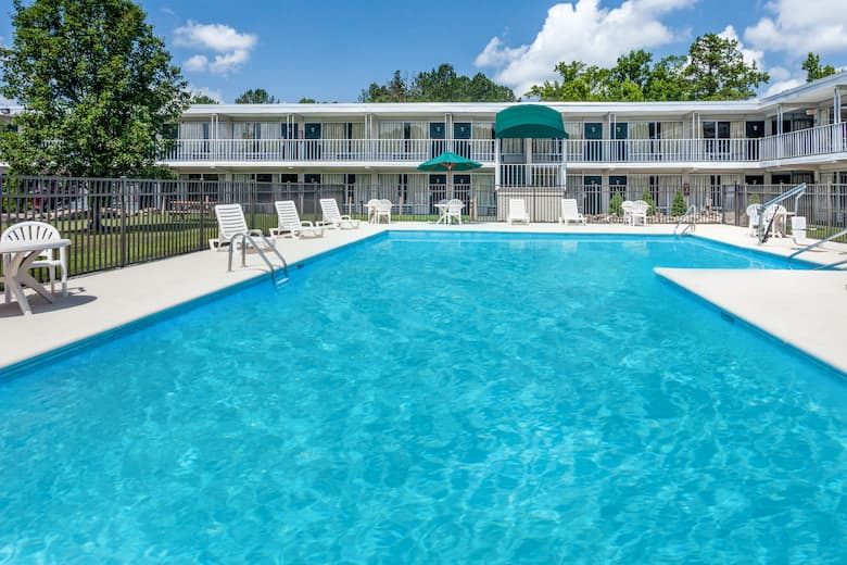 Pool At The Days Inn By Wyndham Cullman In Alabama