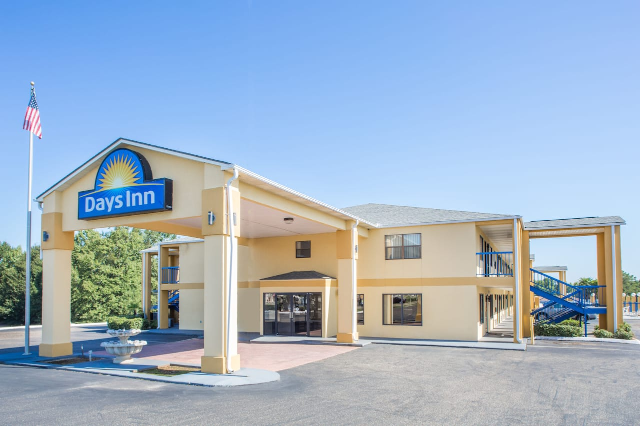 Days Inn Enterprise in Enterprise, Alabama