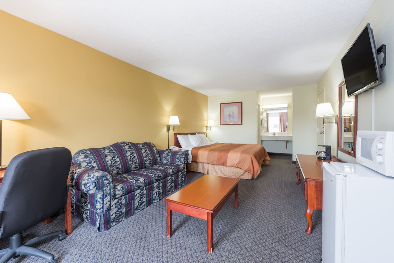 at the Days Inn Fort Payne in Fort Payne, Alabama
