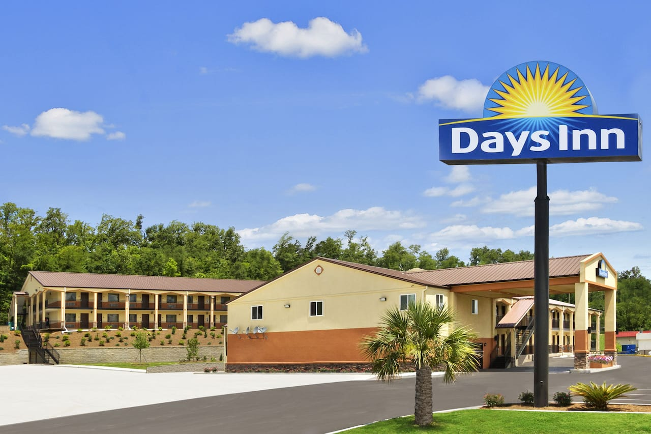 at the Days Inn Fultondale in Fultondale, Alabama