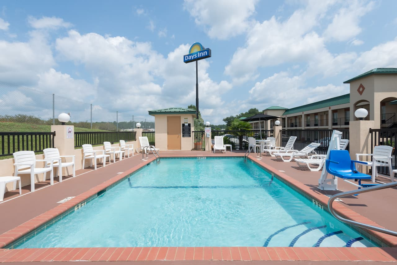 at the Days Inn Greenville in Greenville, Alabama