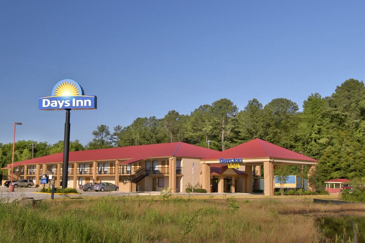 Days Inn Leeds in Childersburg, Alabama