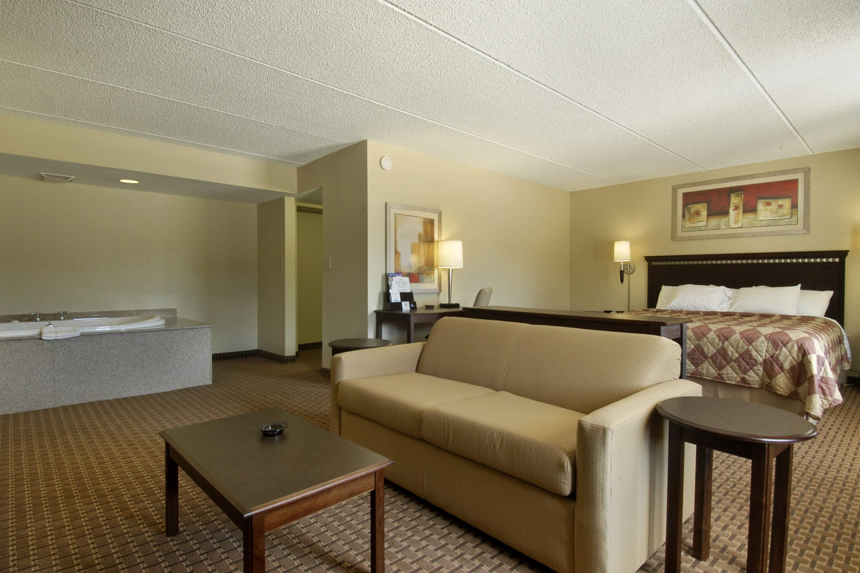 Days Inn Leeds suite in Leeds, Alabama
