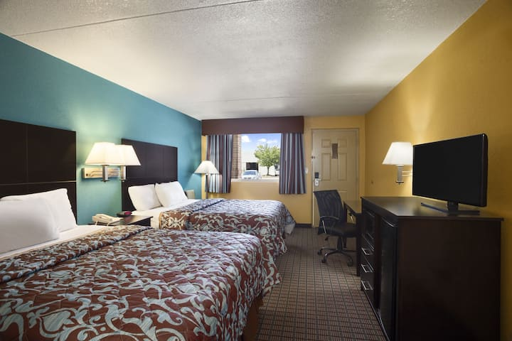 Guest room at the Days Inn Conway in Conway, Arkansas