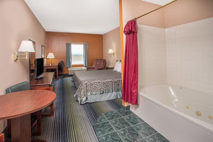 Days Inn Harrison suite in Harrison, Arkansas