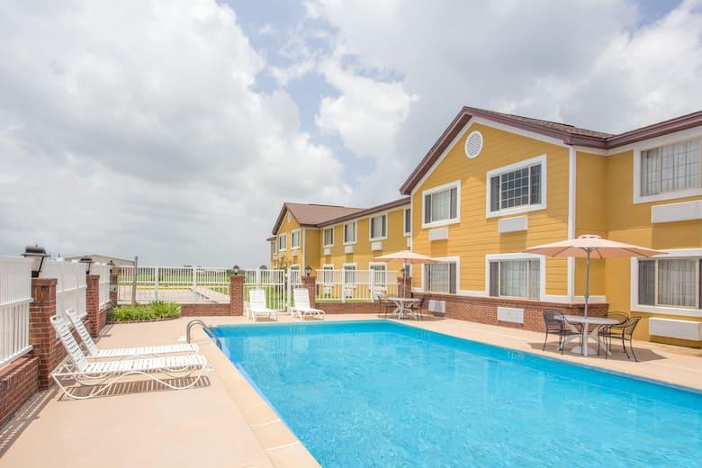 Days Inn Lake Village Hotels Ar 71653