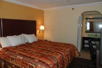 Guest room at the Days Inn & Suites Little Rock Airport in Little Rock, Arkansas