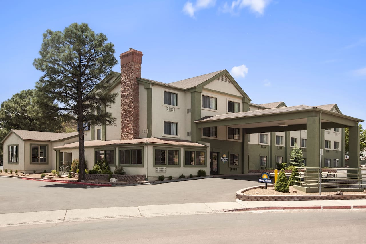 Days Inn & Suites East Flagstaff in Bellemont, Arizona