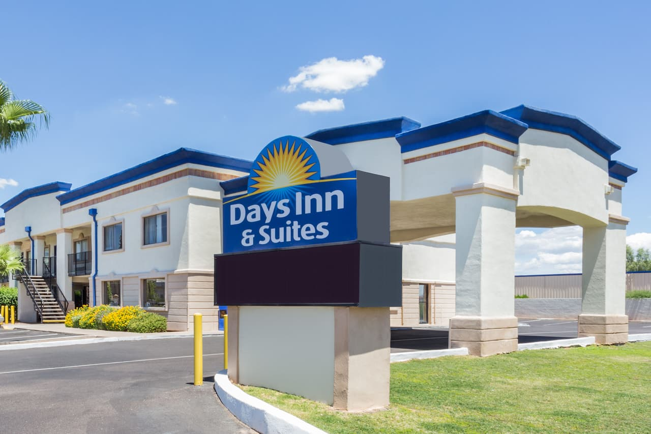 Days Inn & Suites Mesa in Chandler, Arizona