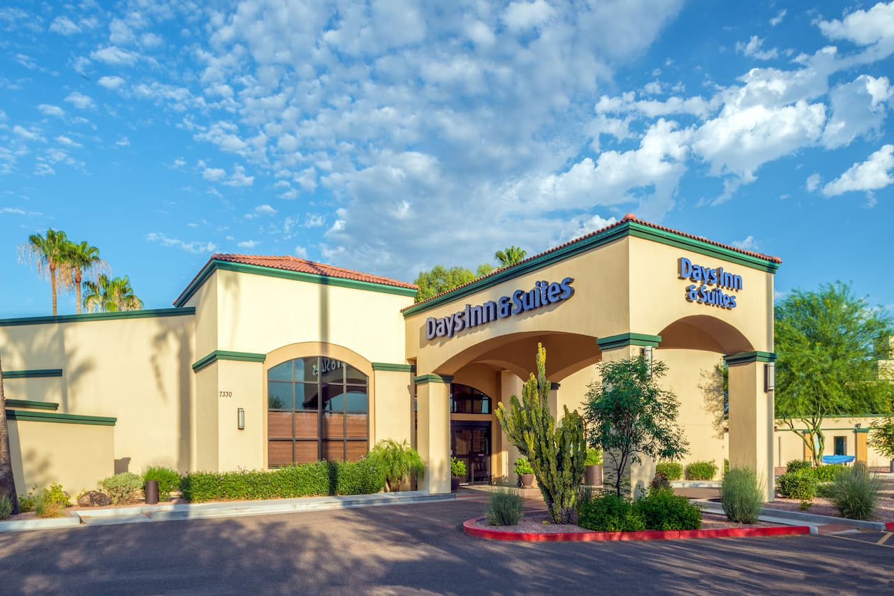 Days Inn & Suites Scottsdale North in Tempe, Arizona