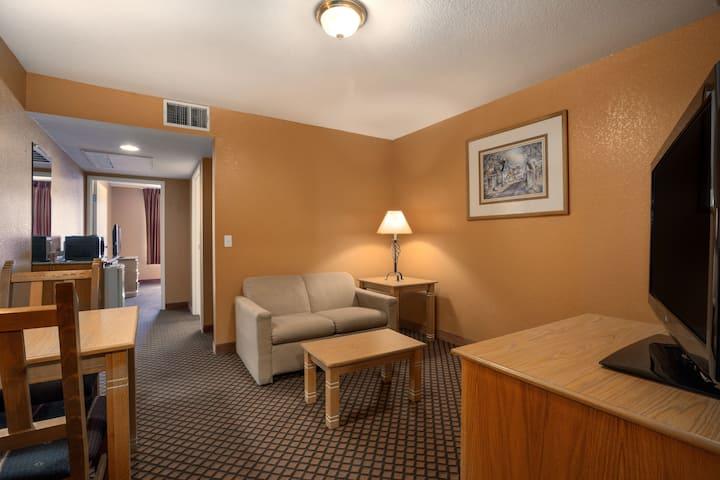 Days Inn & Suites Surprise suite in Surprise, Arizona