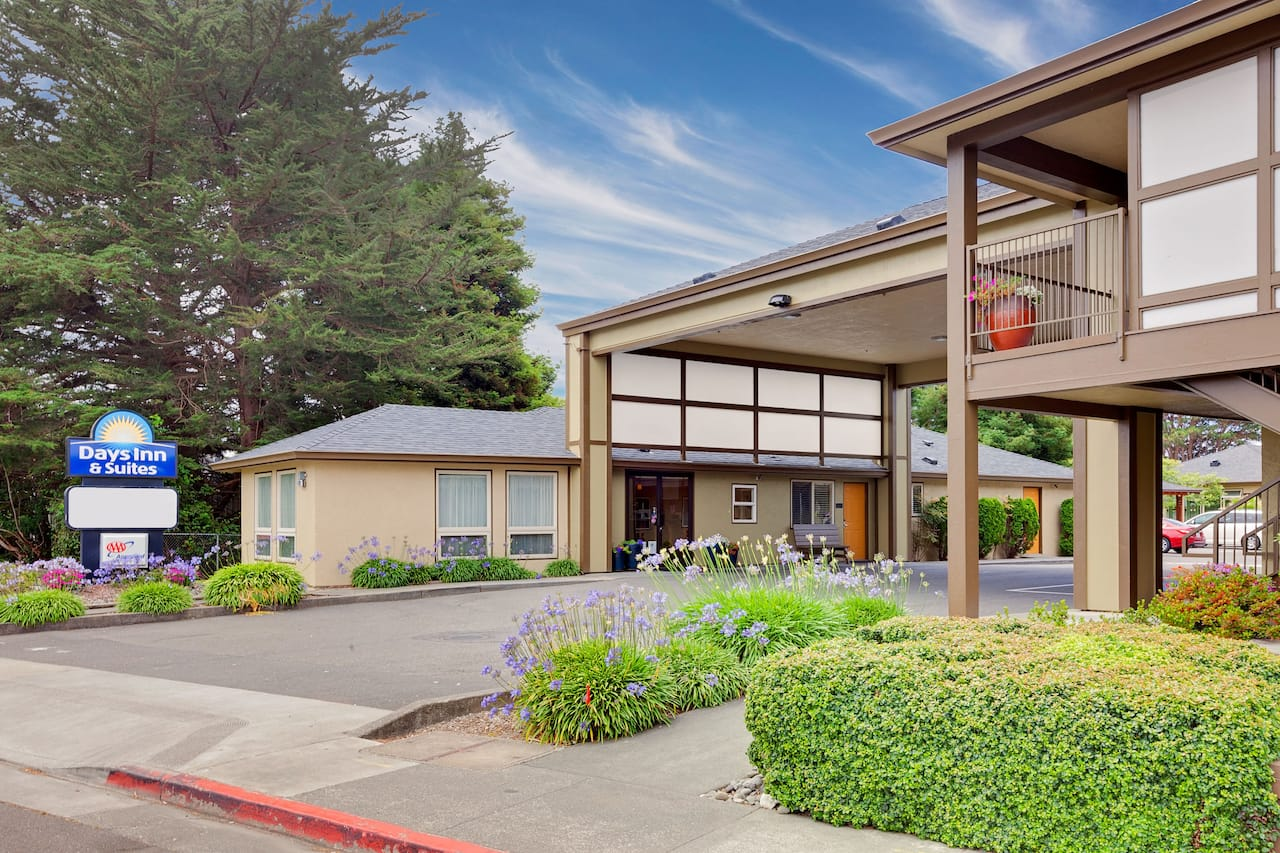Days Inn & Suites Arcata in Arcata, California