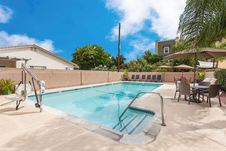 Days Inn Suites Anaheim Resort Garden Grove Hotels CA 92840