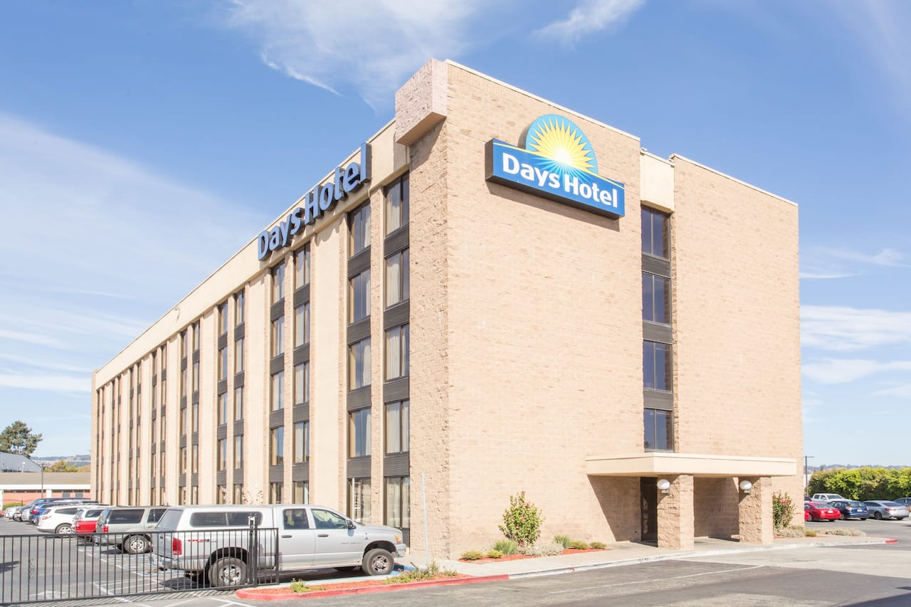 Days Hotel by Wyndham Oakland Airport-Coliseum in  San Francisco,  California