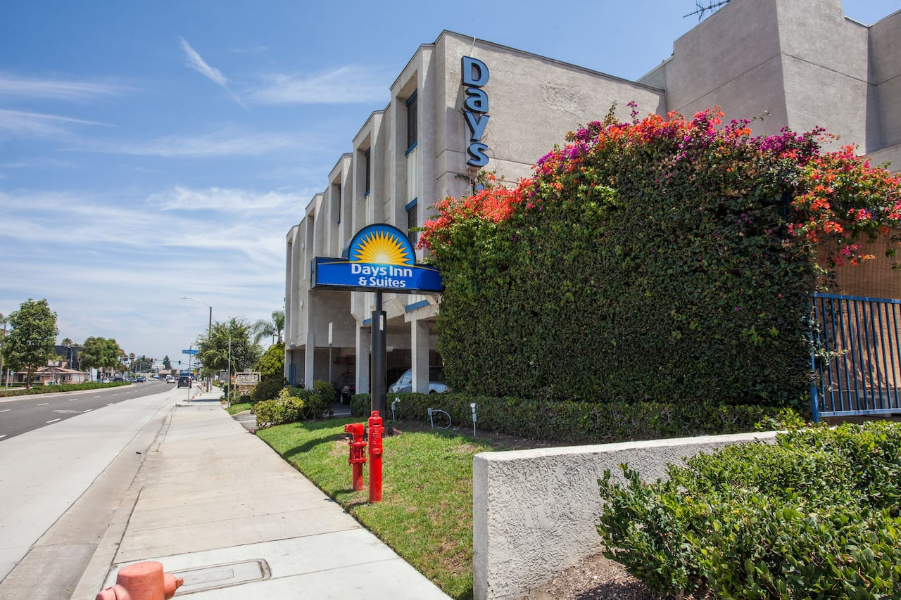 Days Inn Orange Anaheim in Fountain Valley, California
