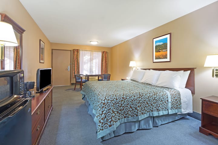 Guest room at the Days Inn Fontana / Rialto in Rialto, California