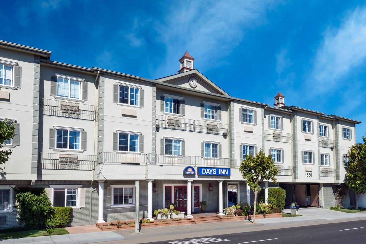 Days Inn San Francisco International Airport West in San Bruno, California