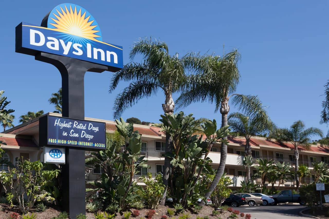 Days Inn San Diego Hotel Circle Near SeaWorld in  San Diego,  California