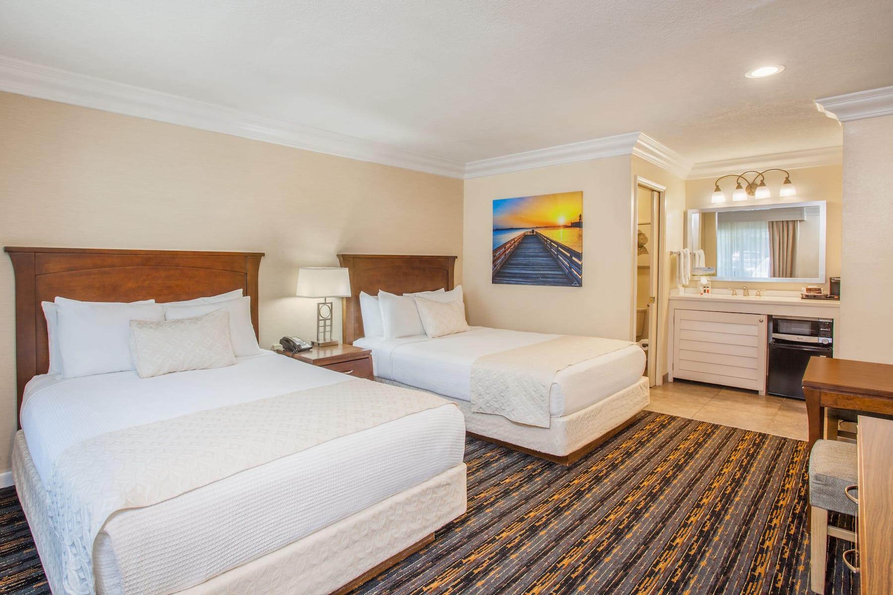 Days Inn By Wyndham San Diego Hotel Circle Near Seaworld